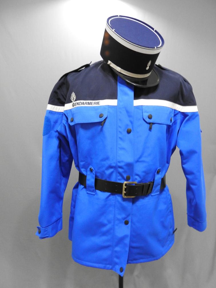 manteau gendarme XXIè